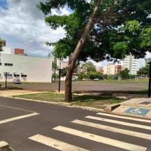 Serviço de terraplenagem para novos estacionamentos